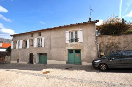5 bed property for sale in L'isle-Jourdain, Vienne, France