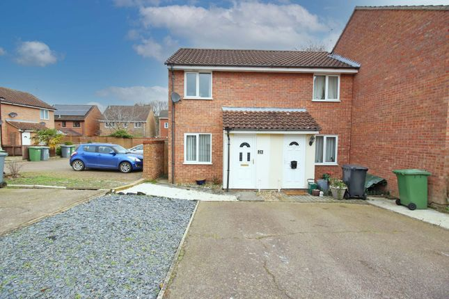 1 bed end terrace house for sale in Peddars Way, Taverham, Norwich NR8