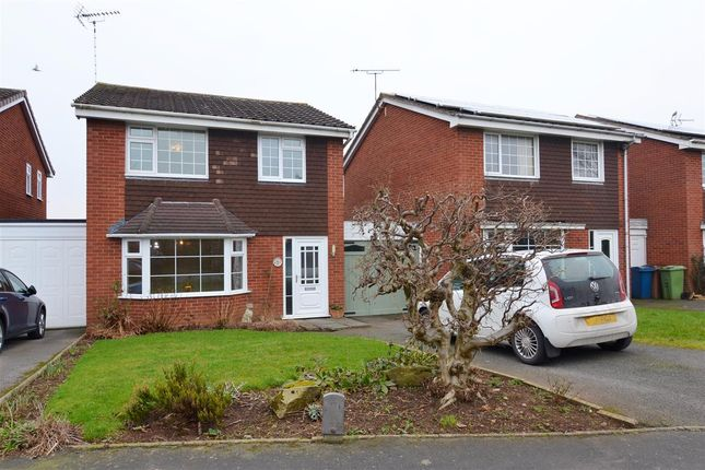 3 bed detached house for sale in Crestwood Drive, Stone