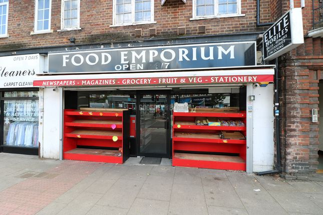 Thumbnail Property to rent in The Market Place, Falloden Way, London