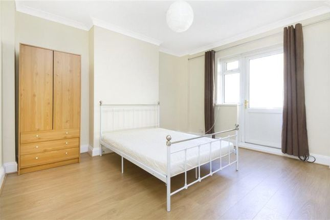 Thumbnail Property to rent in Congreve Street, London