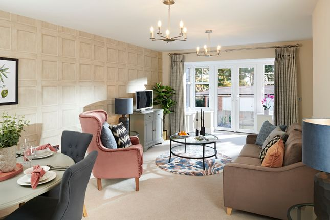 3 bed flat for sale in Golf Links Road, Ferndown BH22