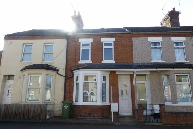 3 bed terraced house to rent in Victoria Street, Rugby CV21