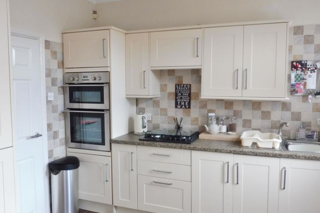 Kitchen of Belgrave Road, Barnsley S71
