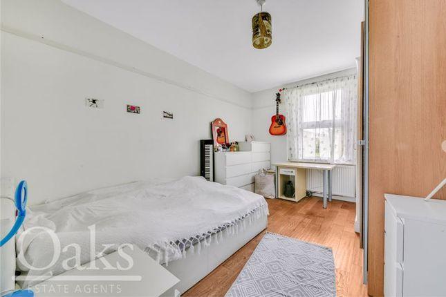 Bedroom of Warminster Road, London SE25