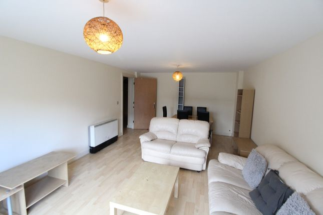 Thumbnail Flat to rent in Royal Plaza - Available Sept 2018, Sheffield