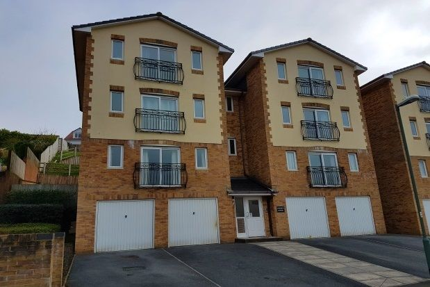 Thumbnail Flat to rent in Trelissick Road, Paignton