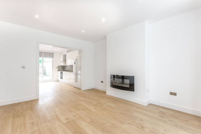 Thumbnail Semi-detached house to rent in Caledonian Road, Hillmarton Conservation Area