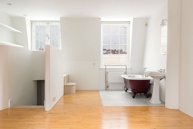 Thumbnail Flat to rent in Moreton Terrace, Pimlico