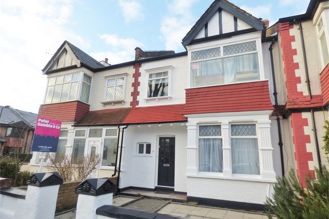4 bed terraced house to rent in Midhurst Road, London