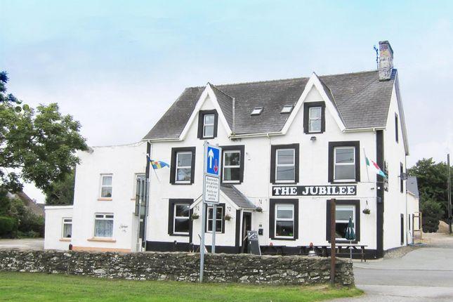 Thumbnail Pub/bar for sale in North Pembrokeshire - Traditional Village Pub SA62, Letterston, Pembrokeshire