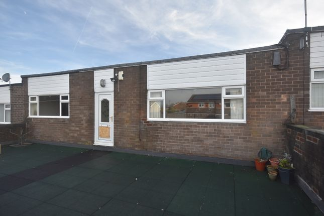 Thumbnail Flat to rent in Mile Lane, Bury
