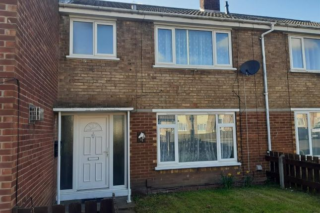 Thumbnail Terraced house to rent in Coventry Close, Scunthorpe
