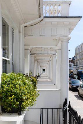 Picture No. 22 of Harcourt Terrace, Chelsea, London SW10