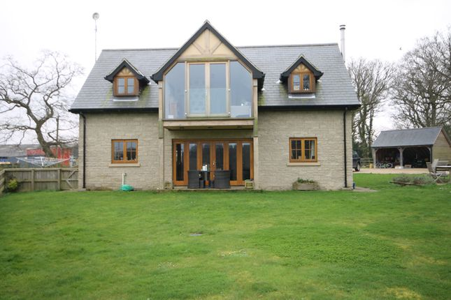 Thumbnail Detached house to rent in Porchfield Road, Shalfleet, Newport