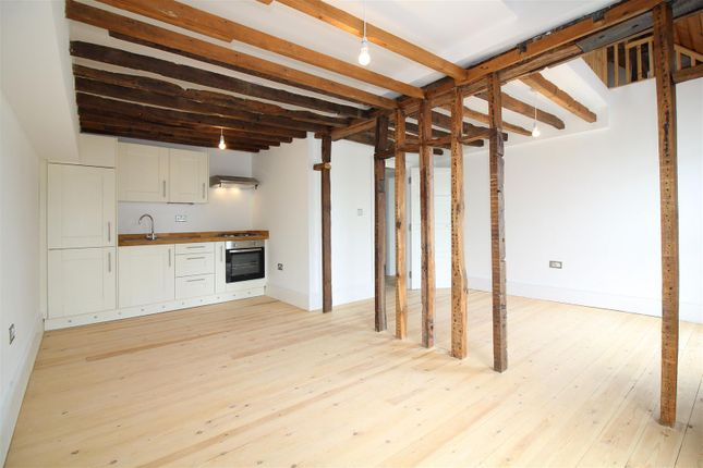 Thumbnail Flat for sale in Market Square, Aylesbury