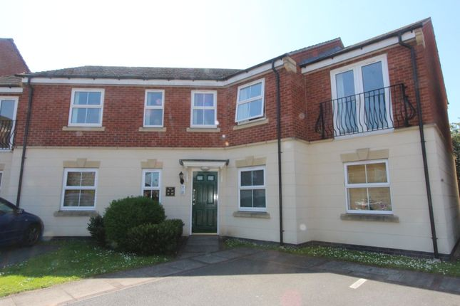 Thumbnail Flat to rent in Loughland Close, Leicester