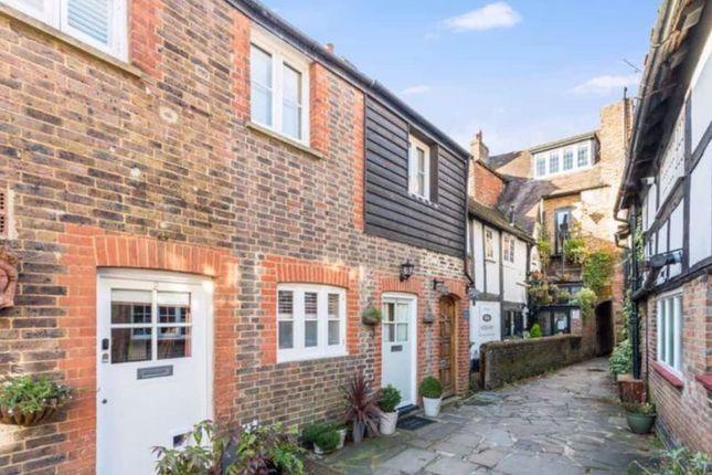 Thumbnail Terraced house to rent in Talbot Lane, Horsham