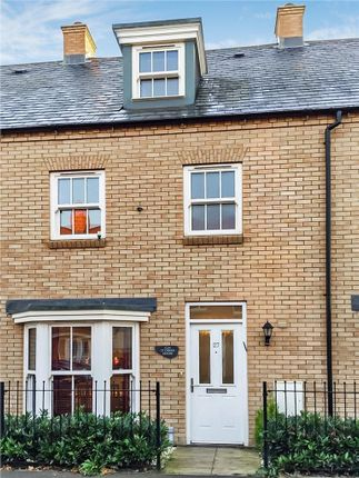 Thumbnail Terraced house for sale in Tansy Avenue, Hitchin