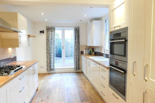 Thumbnail Terraced house to rent in Venetia Road, Ealing, London