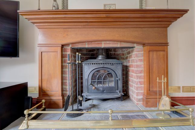 Fireplace of Bethersden, Ashford TN26