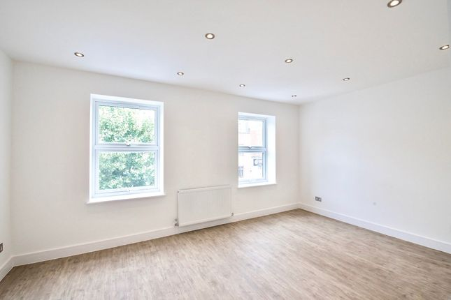 Thumbnail Flat to rent in Lenton Terrace, Fonthill Road, London