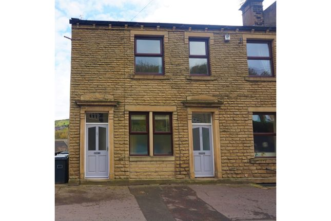 Thumbnail Cottage for sale in Carr Lane, Huddersfield