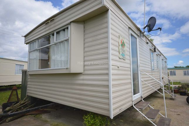 Thumbnail Mobile/park home for sale in Steeple Bay Holiday Park, Canney Road, Steeple, Southminster