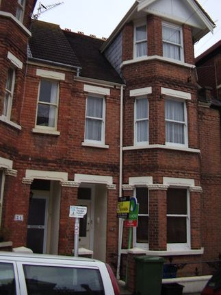 Thumbnail Flat to rent in Radnor Park Crescent, Folkestone