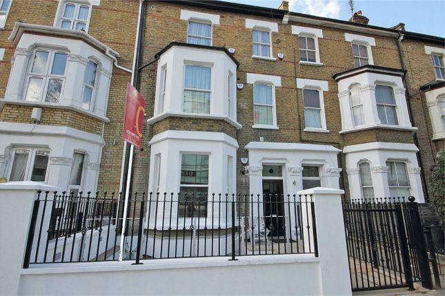 Thumbnail Flat to rent in Wood Lane, London