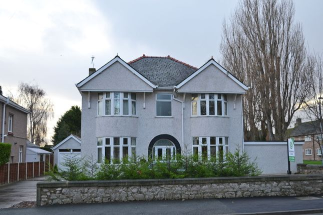Thumbnail Detached house for sale in Dundonald Avenue, Abergele