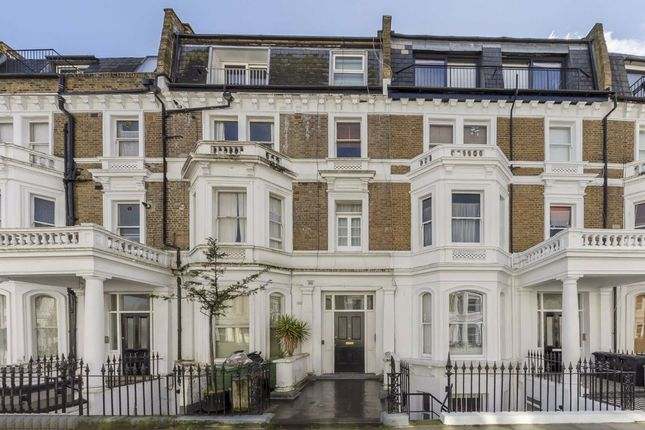 1 bed flat for sale in Sinclair Gardens, London W14