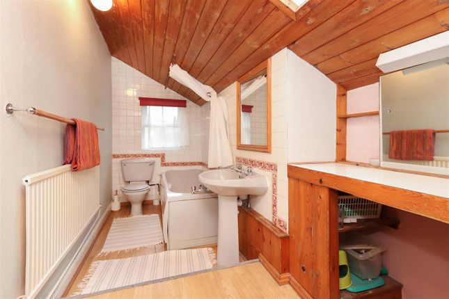 Bathroom of Owl Cottage, Starkholmes Road, Starkholmes, Matlock DE4