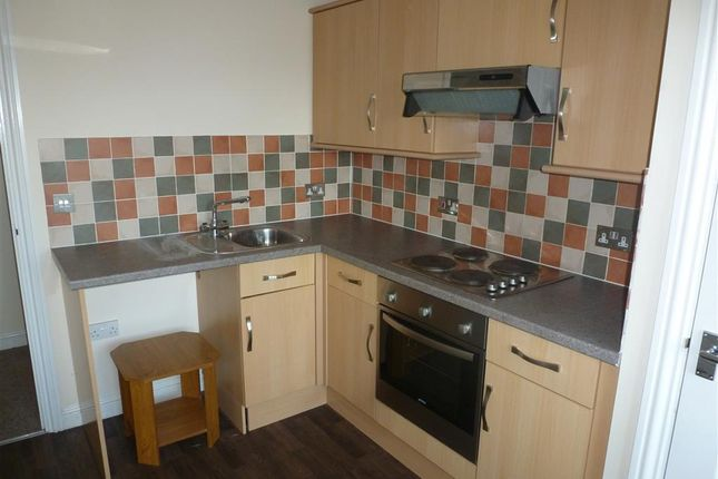 Thumbnail Flat to rent in North End, Wisbech