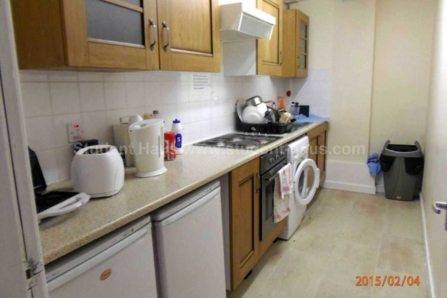 Thumbnail Flat to rent in Yew Tree Road, Manchester