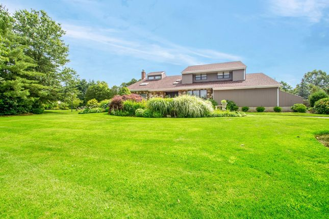Thumbnail Town house for sale in 1 Landaulette Ct, Melville, Ny 11747, Usa