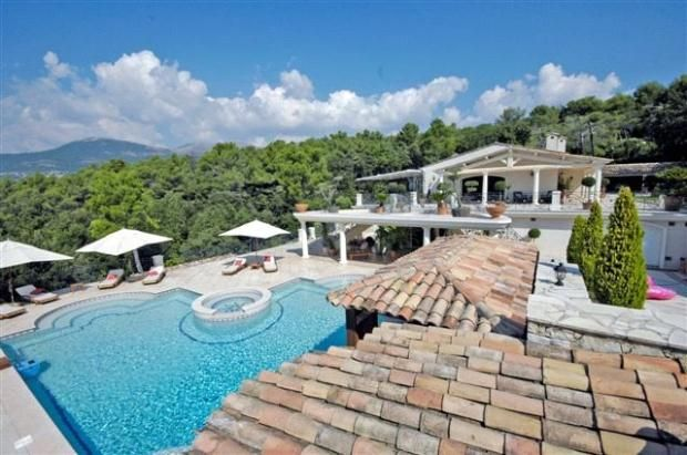 5 bed property for sale in Saint Paul De Vence, French Riviera, 06530