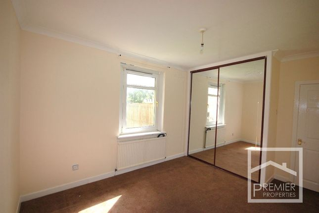 Bedroom 1 of Kenilworth Drive, Airdrie ML6