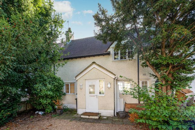 Thumbnail Property to rent in Toynbee Road, Wimbledon, London