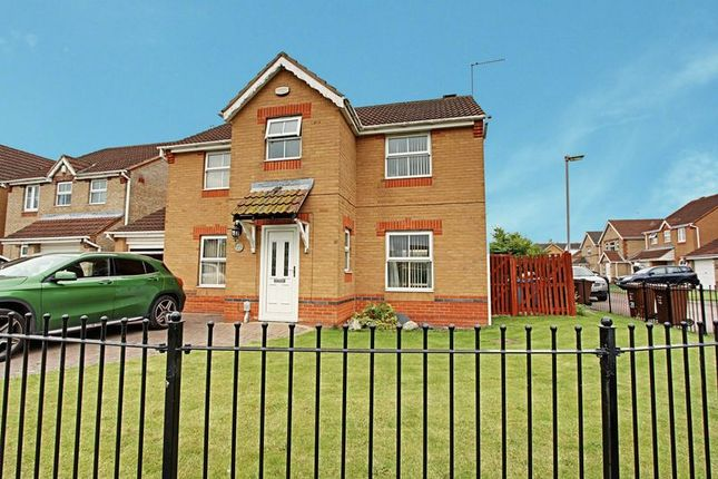 Thumbnail Detached house for sale in Blackwater Way, Kingswood, Hull