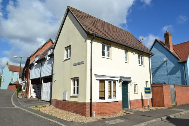 Thumbnail Link-detached house for sale in Springfield, Chelmsford, Essex