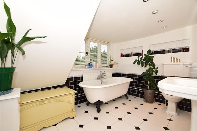 Bathroom of Plough Wents Road, Sutton Valence, Maidstone, Kent ME17