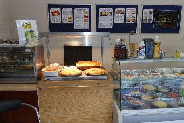 Restaurant/cafe for sale in Cafe & Sandwich Bars OL11, Lancashire