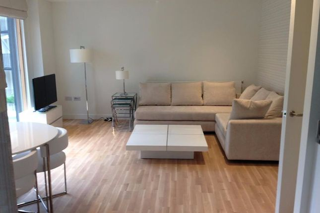 2 bed flat for sale in Wapping Lane, London