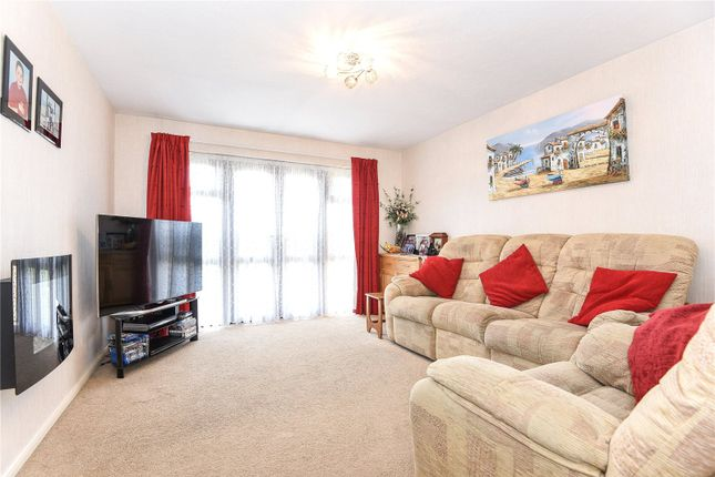 2 bed maisonette for sale in Ashley House, Tolpits Lane, Watford