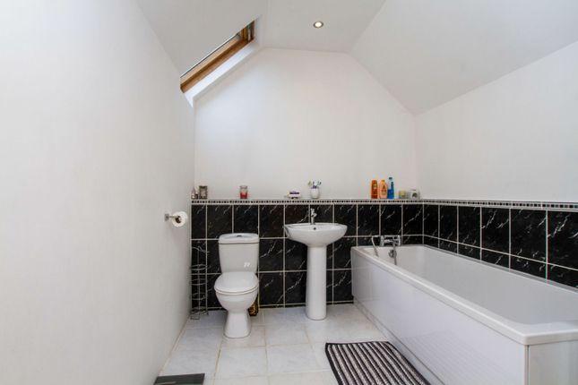 En-Suite of Redhill Drive, Brighton BN1