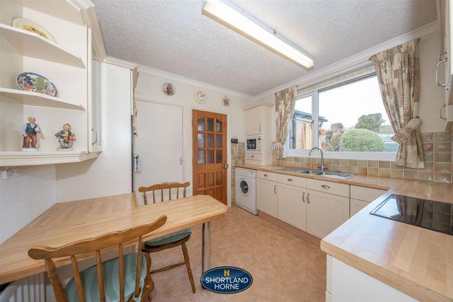 P1054851 of Nightingale Lane, Canley Gardens, Coventry CV5