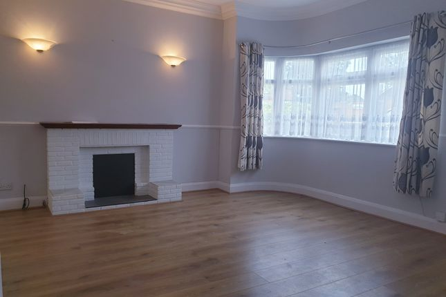 Thumbnail Bungalow to rent in Fairmead Cresent, Edgware
