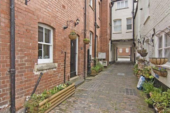 Thumbnail Cottage to rent in Water Pump Cottage, Plough Mews, The Homend, Ledbury, Herefordshire