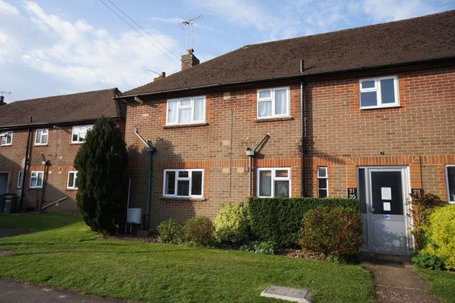 Thumbnail Flat to rent in Borovere Close, Alton